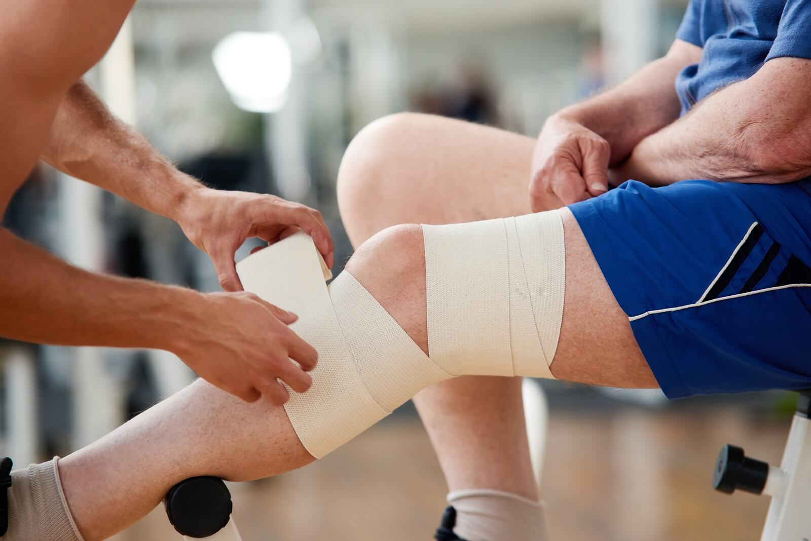 muscle strain injury - lawyer gets compensation