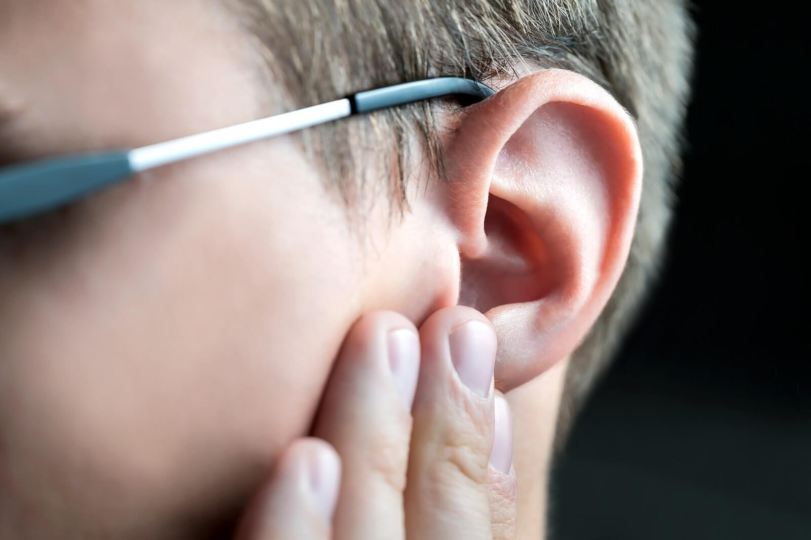 hearing and ear injury lawyers